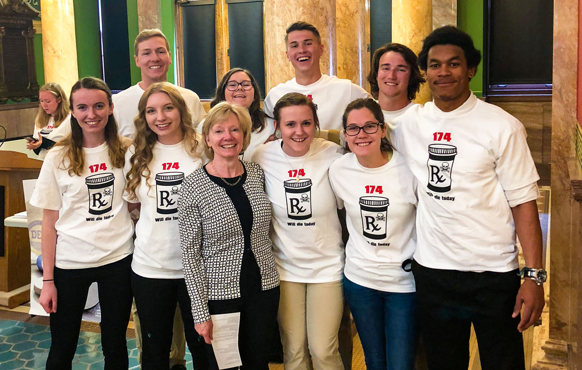 Photo of Health Science students at Montana Capitol Building