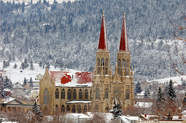 Snowy photo of the Cathedral in Helena, MT