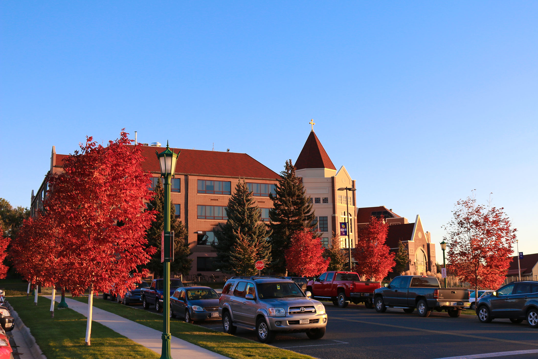 Simperman Hall in the morning light